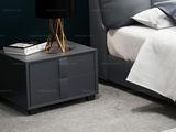 卡罗亚 极简风格 深灰色皮艺 床头柜