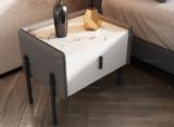 卡罗亚 极简风格 岩板台面 磨砂铁脚 皮艺 床头柜